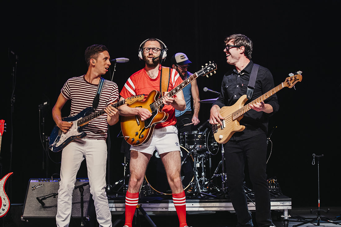 Vulfpeck_Greek_040